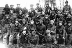 Men of the Liverpool (Irish) Regiment on the morning after a night raid. Early 1916.