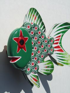 Goldfish Art Heineken Bottle Cap Metal Wall Art by EricsEasel