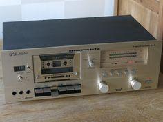 MARANTZ Dual Speed Stereo Cassette Deck Model SD3020 (1981)