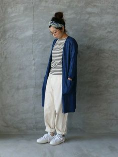春だから軽やかに♪さらっと羽織れる「ロングカーディガン」の素敵コーディネート集   キナリノ Duster Coat, Normcore, Street Style, How To Wear, Jackets, Bread, Google, Fashion, Down Jackets