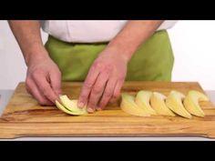 Meloen schoonmaken en snijden - Snijtechnieken | PLUS