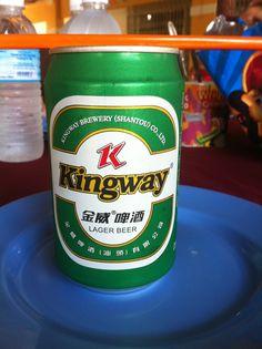 Cerveza Kingway. Tipo Lager. De Hong Kong y actualmente propiedad de Miller. Tomada en Borneo, Malasia.