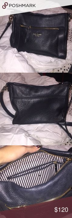perfect condition Kate Spade purse! black kate spade cross body barely used! it's in perfect condition and looks like new! Bags Crossbody Bags