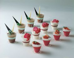 "Dessert Cups, 2.5"" diameter x 2"" high capacity 70 ml. (2.3 Oz), sold as pack of 100 : Amazon.com : Kitchen & Dining"