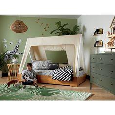 Boy Toddler Bedroom, Baby Boy Rooms, Boys Jungle Bedroom, Montessori Toddler Bedroom, Jungle Baby Room, Montessori Bed, Kids Bedroom Boys, Childs Bedroom, Bedroom Desk