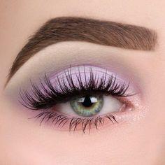 Licht lila Augen Make-up - List of the most beautiful makeup Makeup Eye Looks, Purple Eye Makeup, Cute Makeup, Pretty Makeup, Makeup Art, Makeup Tips, Beauty Makeup, Hair Makeup, Makeup Inspo