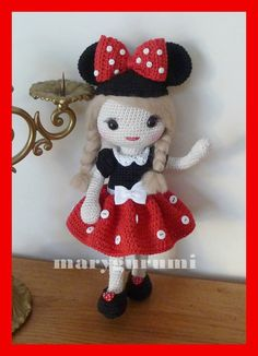 Online shop selling patterns and achievements of crochet stuffed toys and crochet dolls. All of our products are made in France and handmade. Crochet Doll Clothes, Crochet Dolls, Crochet Hats, Crochet Mickey Mouse, Minnie Mouse, Amigurumi Doll, Beautiful Crochet, Crochet Animals, Diy And Crafts