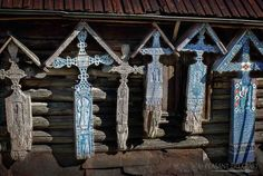 10 Places To Travel & Things To Do When You Visit Maramures #Romania #Maramures #Visit #MerryCemetery