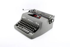 Royal Quiet De Luxe Manual Typewriter Reconditioned Working