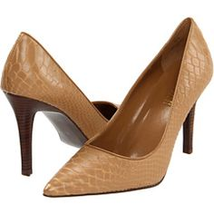 Wonder if these fit similar to my Nine West that I have in a darker shade, similar style...