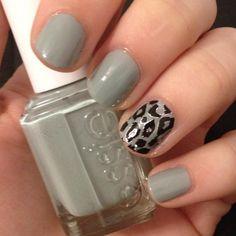 Love the accent nail #essie #leopard