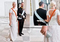 KJENDISKJOLE: Kronprinsessen sparket igang 2012 med nok en designerkjole - denne gangen en spesialsydd variant fra Pucci. Lignende Pucci-kjoler hadde da allerede blitt sett på Gwyneth Palthrow og Kim Kardashian. Foto: NTB Scanpix