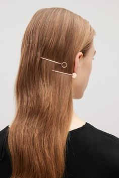 COS Disc hair pins in Gold