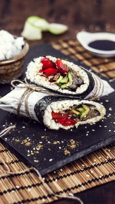 Sushiriotto recipe (combo of burrito and sushi) prepared in under 30 minutes. Step-by-step pictures and ingredients list. Roll away with some fusion cuisine!
