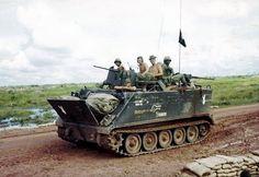 Vietnam History, Vietnam War Photos, Military Armor, Navy Military, American War, American History, Sheridan Tank, Us Armor, Combat Medic