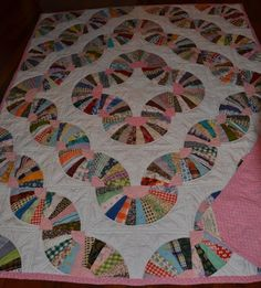 Fan Quilt - circa 1970's. This looks very similar to the one my Grandma made for me in 1976.