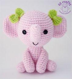 Cute pink amigurumi elephant with bows. Amigurumi Elephant, Amigurumi Doll, Amigurumi Patterns, Crochet Patterns, Crochet Elephant Pattern Free, Crochet Food, Cute Crochet, Crochet Dolls, Knit Crochet