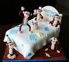 Five Little Monkeys jumping on the bed cake by Homebaked by Audrey, via Flickr