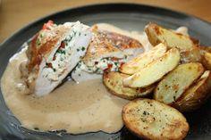 Baked Potato, Feta, Potato Salad, Food And Drink, Potatoes, Dinner, Baking, Ethnic Recipes, Dining