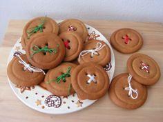 Upečte si knoflíky! :: Ušito s láskou Cookies, Desserts, Food, Crack Crackers, Tailgate Desserts, Biscuits, Meal, Cookie Recipes, Dessert