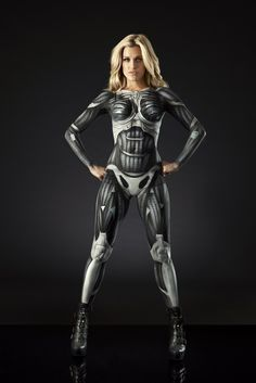 Puss in suit! Ashley Roberts in Nanosuit bodypaint for release of Crysis 3