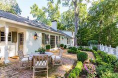 3673 Castlegate Dr NW, Atlanta GA 30327 - Zillow