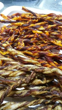 Bacon bites Appetizer Recipes, Snack Recipes, Appetizers, Cooking Recipes, Snacks, Curing Salt, Biltong, Meal Prep, Food Prep