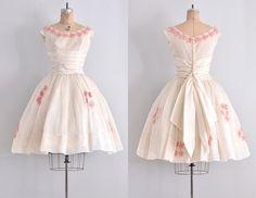 Vintage années 50 robe  crème organdi robe / 50 par PickledVintage
