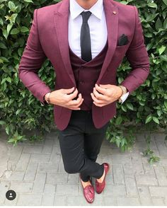 "5,575 Likes, 58 Comments - Classy Dapper (@classydapper) on Instagram: ""Yes or No? via @gentwithfootwear  by @antonio.pozo  #classydapper"""