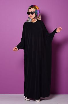 Bat Sleeve Abaya Colors: Black, Green, Dark Blue, Red, Tan and Plum. Available Sizes: XSmall, Small, Medium, Large, and XLarge. Material: Polyester, Jersey and Lycra. Abaya is unlined. Very comfortabl