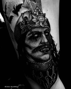 Vampire Tattoo Design Ideas Based on Dracula and Elizabeth Bathory Vlad Der Pfähler, Vlad El Empalador, Body Art Tattoos, Sleeve Tattoos, Cool Tattoos, Tatoos, Dracula Tattoo, Elizabeth Bathory, Gangsta Tattoos