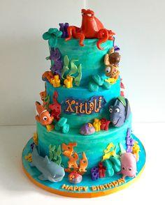 Finding Dory /Nemo cake