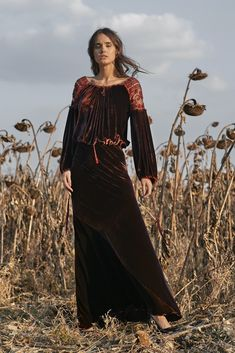 Philosophy, Winter Outfits, Velvet, Costumes, Traditional, Modern, Clothing, How To Make, Beauty