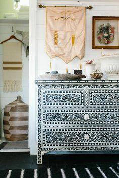Bohemian Interior Decoration Inspiration: Amazing Black and White Graphic Painted Dresser #johnnywas