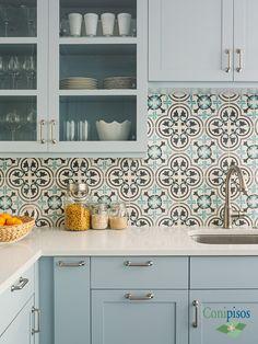 #Decoracion #cocina #backsplash #kitchen #casa #deco #mosaicohidraulico #azulejos #tiles #baldosahidraulica #azulejos