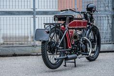 black-douglas-motorcycle-2.jpg 1,200×800 pixels