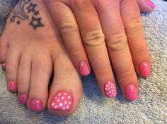 Pink polka dots shellac