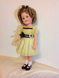 Beautiful Flirty-Eyed 17 Inch Shirley Temple Doll #Ideal…