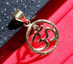 28x17 mm Gold Brass Elegant Om Symbol Pendant by RareGemsNJewels
