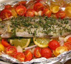 Ofenforelle mit Cherrytomaten - Simpel, lecker und gesund: Die Techniker Krankenkasse hat ein mediterranes Fischgericht für dich gekocht.