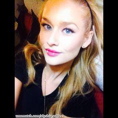 #AmericanModel #FashionModel #AlyshiaAshlee #Stunning #Photography #Hollywood #Unomatch #Fans #Instagram #Biography #Personalinformation