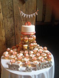 My Wedding Cake & Cupcakes made by Tash!!!!