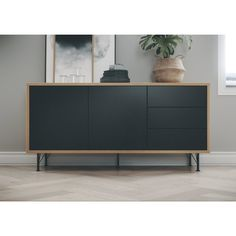 Give your living room a stylish look with the dresser Flow by Tenzo! This Scandinavian sideboard has a slim wooden frame with black fronts and small metal legs. Sideboard Furniture, Diy Furniture, Modern Furniture, Furniture Design, Modern Sideboard, Sideboard Design, Retro Sideboard, Modern Buffet, Modern Dresser