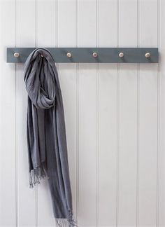Clockhouse Peg Rail, 6 Pegs in Charcoal - Beech  | Garden Trading