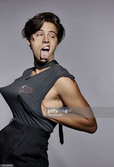 Actor cole sprouse is photographed for boys by girls magazine on june 29 2016 in los Cole M Sprouse, Dylan Sprouse, Sprouse Bros, Cole Sprouse Jughead, Cole Sprouse Funny, Kj Apa Riverdale, Riverdale Funny, Riverdale Memes, Riverdale Cast