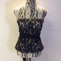 SZ 18 ALFRED SUNG STRAPLESS LACE TOP Gorgeous special occasion top with boning in the sides and bust. Bead embellished at the waist with a zip and long tie sash in the back. Pair with some dressy slacks or skirt for a beautiful combo. Black and sand Alfred Sung Tops