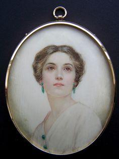 Belles Choses, Female Portrait, Miniature Paintings, Small Art, Miniture Things, Brighton School, Woman Painting, Beautiful Paintings, Miniatures