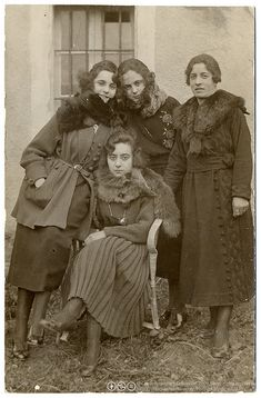 """Spain. Furried for the photo. Real photo postcard, circulated in 1921, with a """"K Ltd"""" stampbox, photographer unknown"""