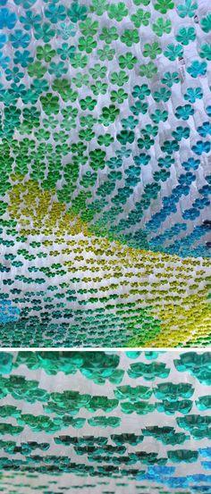 Botellas PET para impresionante techo multicolor2