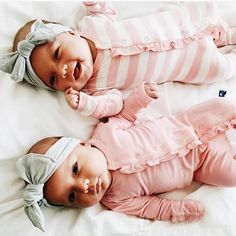 Taytum and oakley Twin Baby Girls, Twin Babies, Little Babies, Baby Kids, Boy Girl Twins, Newborn Twins, Girl Toddler, Newborn Care, So Cute Baby